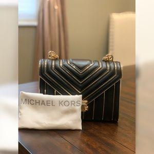Michael Kors Leather Shoulder Bag (Like New)